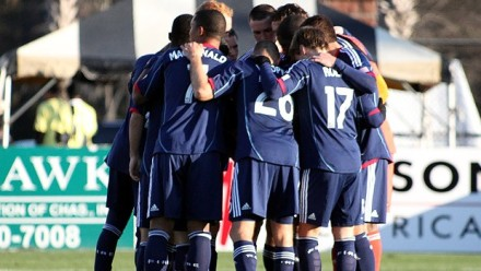 Huddle up fellas. We're in for a long ride...(photo: chicago-fire.com)