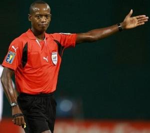 Campbell: It's a tough job, but he's got to do it. (photo: allaboutrefs.blogspot.com)