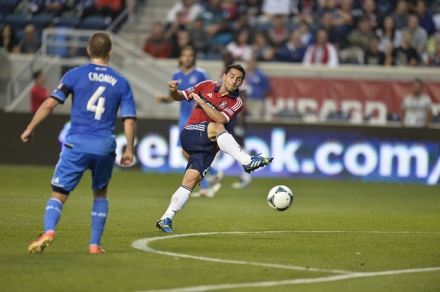 Dilly Duka and the Fire Never Say Die!!! (photo: chicago-fire.com)