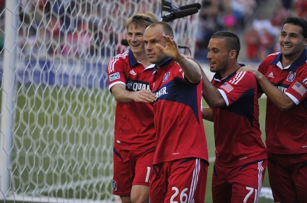 Tere, ma olen Joel Lindpere. Olen Chicago Fire on abistada liider. (photo: chicago-fire.com)