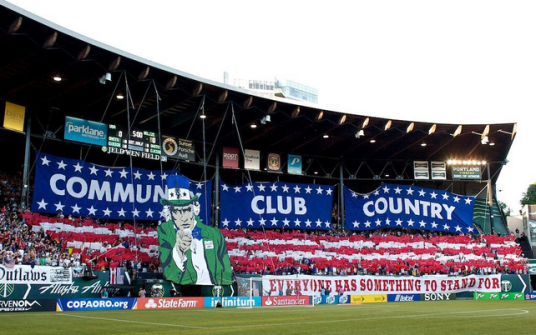 The green, green grass turf of home. (image: @mls)