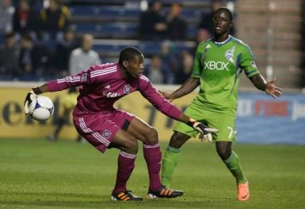 Sean Johnson won't see Eddie Johnson in Seattle on Saturday night. Or Clint Dempsey for that matter. (PHOTO: John Gress/Getty Images)