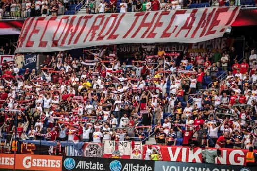 New Jersey's finest fans (photo: mlsroadtrip.wordpress.com)