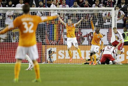 Playoff drama at Red Bull Arena (photo: soccer.si.com)