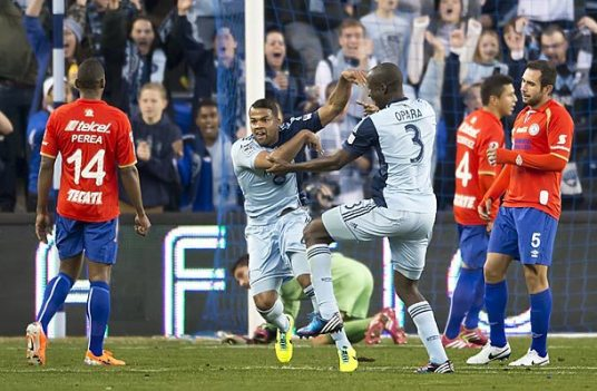 KC didn't manage to beat Cruz Azul, but Kevin Ellis did. (Photo: soccer.si.com)