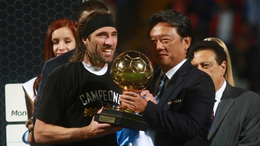 Mariano Pavone is CONCACAF's player of CCL 2013-14, but is he OTF's? (Photo: mexico.cnn.com)