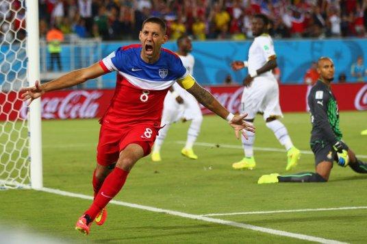 Clint Dempsey: 1 goal; 1 broken nose (photo: sounderatheart.com)
