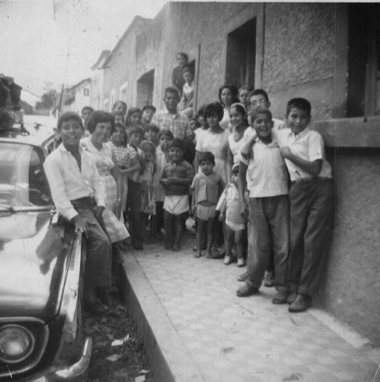 Family & friends see us off as we prepare to leave Juanacatlan in our 1964 Ford Station wagon.