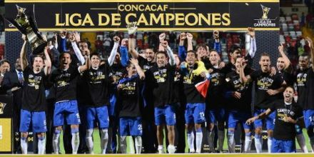 Your 2013-14 CCL champs, Cruz Azul - back for another run at the trophy. (soccerbyives.net)
