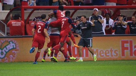 cf97 chicago fire seattle sounders celebrate goal celebration