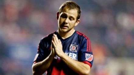 Harry-Shipp-Prays-MLS-Chicago-Fire-OTFsoccer